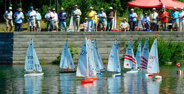 Radio-controlled__sailboat-5___Content
